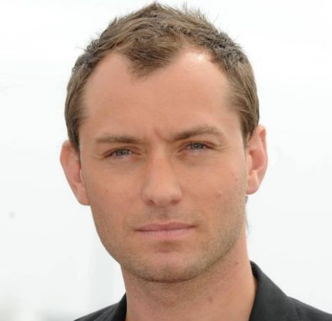 Jude Law will feature in Hugo Cabret, the first 3D film by Martin Scorsese