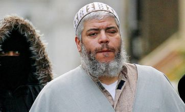'Hate' Cleric Abu Hamza and Babar Ahmed win US extradition battle