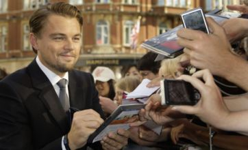 Leonardo DiCaprio raises temperatures at Inception premiere