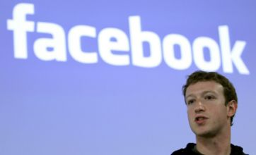 Facebook reaches 500 million users