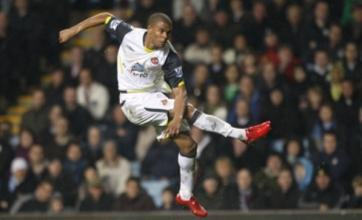 Sunderland's Fraizer Campbell 'deserves England call-up'