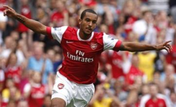 Theo Walcott scores hat-trick as Arsenal hit Blackpool for six