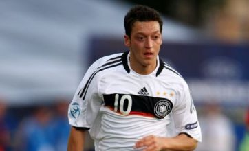 Mesut Ozil: No Premiership transfer, vows to stay with Werder Bremen