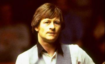 Alex Higgins: The trick shots of a legend