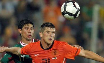 Klaas-Jan Huntelaar set to snub Spurs to stay with AC Milan