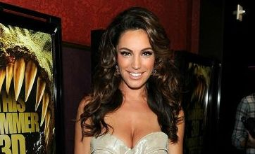 Kelly Brook finally covers up for Piranha 3D premiere despite 'naked month' vow