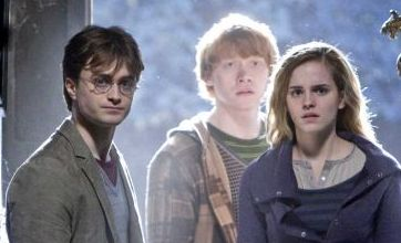 Harry Potter and the Deathly Hallows: Daniel Radcliffe and Emma Watson reunited in new photo