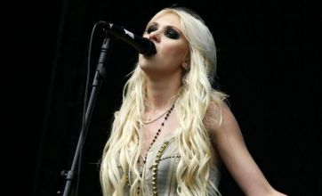 V Festival 2010: Pixie Lott, Taylor Momsen and Diana Vickers flash their knickers on stage