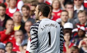 Manuel Almunia blunders again as West Brom stun Arsenal