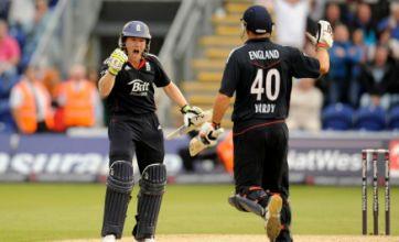 England romp to five-wicket Twenty20 victory over Pakistan