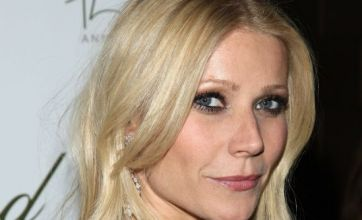 Gwyneth Paltrow bursts into song in Country Strong trailer