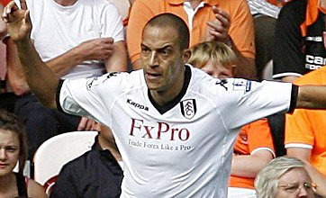 Bobby Zamora signs new Fulham contract