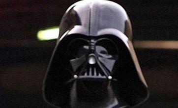 Darth Vader robs store