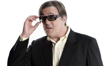 Stephen Fry explains 3D TV in Sky video