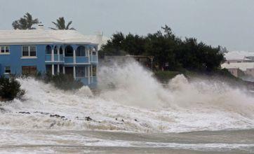 Bermudians prepare for 'deadly' Hurricane Igor