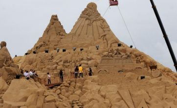 Huge sand sculpture breaks world record