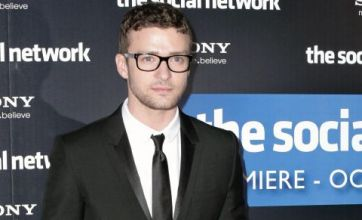 Facebook film The Social Network tops US box office