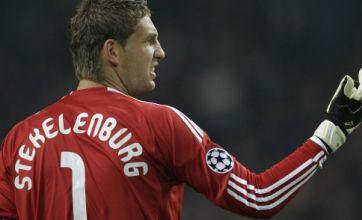 Arsenal and Manchester United to lock horns over Maarten Stekelenburg
