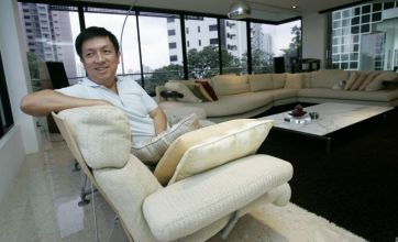 Liverpool bidder Peter Lim promises £40m for transfers