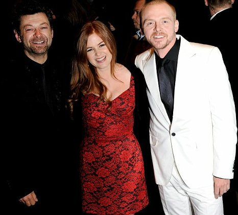 Isla Fisher Hid Her Pregnancy While Filming Burke And Hare