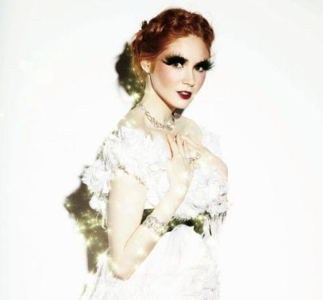 Karen Gillian talks about fashion in Grazia magazine (Photo: Daniel O'Connell/Grazia)