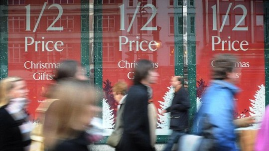 Mums spend, on average, over 20 hours fighting the shopping crowds at Christmas