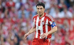 Mark van Bommel could be heading to the Premier League