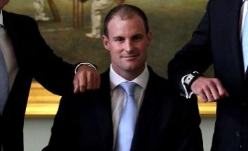 Andrew Strauss: I'll stay as England Test captain for 2013 Ashes series'