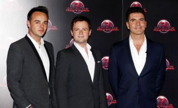 Simon Cowell's Red or Black? attracts 100,000 hoping to win £1million prize