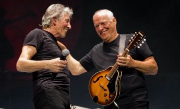 Gilmour and Waters reunite for a Comfortably Numb performance