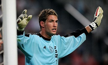 Maarten Stekelenburg: I'm waiting on an offer from Man United