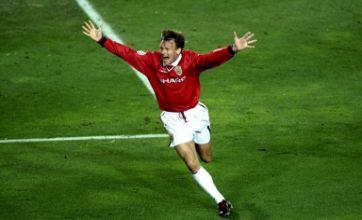 Javier Hernandez can score winning goal against Barcelona – Sheringham