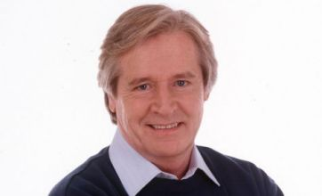 Coronation Street's Ken Barlow left for dead by his own grandson
