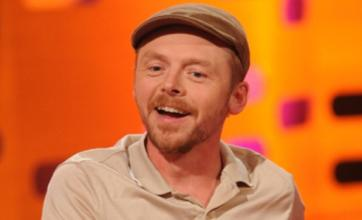 Simon Pegg 'made Queen cry' at Narnia premiere