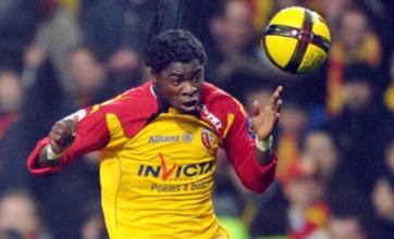 Serge Aurier interested in Manchester City or Blackburn transfer