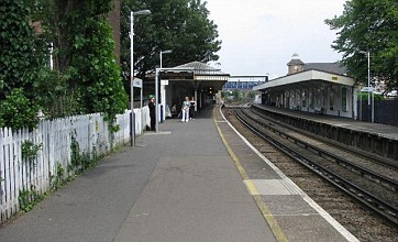 Mortlake train station fatality causes London commuter delays