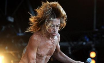 Iggy Pop pulls Dave Grohl and Sadie Frost on stage at IOW