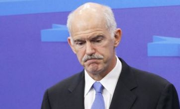 George Papandreou wins confidence vote in Greece parliament