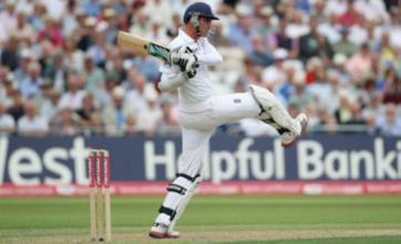 Stuart Broad 'grabs momentum back' for England against India