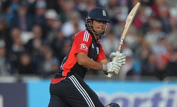 Alastair Cook seals win for England to set up Old Trafford decider
