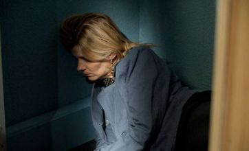 Coronation Street live blog: pregnant Leanne falls down the stairs