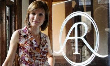 Fiona Bruce hit by foam attack on Antiques Roadshow