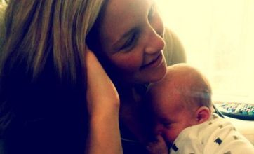 Matt Bellamy posts picture of Kate Hudson and baby Bingham on Twitter