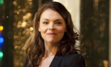 Tracy Barlow pregnant again as Corrie barmaid returns with Steve's baby