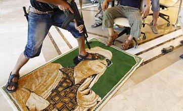 SAS soldiers 'leading hunt for Col Gaddafi in Libya'