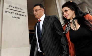 Ali Dizaei reinstated by Scotland Yard despite impending retrial
