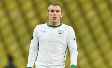 Richard Dunne praised as Republic of Ireland manage draw against Russia