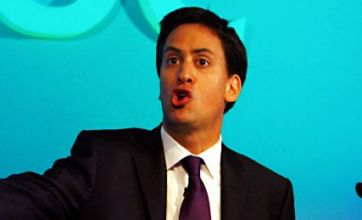 Ed Miliband tells TUC: Strikes over public sector pensions 'a mistake'