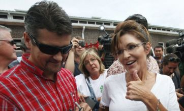 Sarah Palin 'snorted cocaine and had six-month affair'