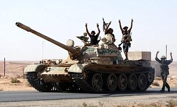 Pro-Gaddafi troops attack border town in Libya, killing six